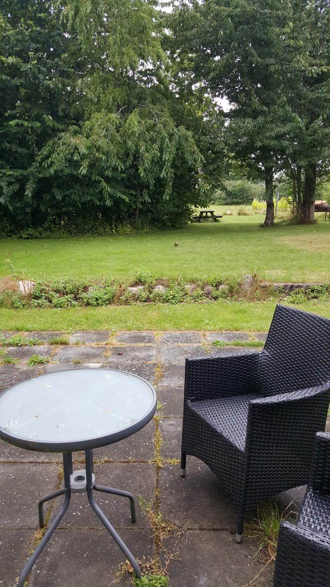 Holmehuset Bed and Breakfast - patio and garden