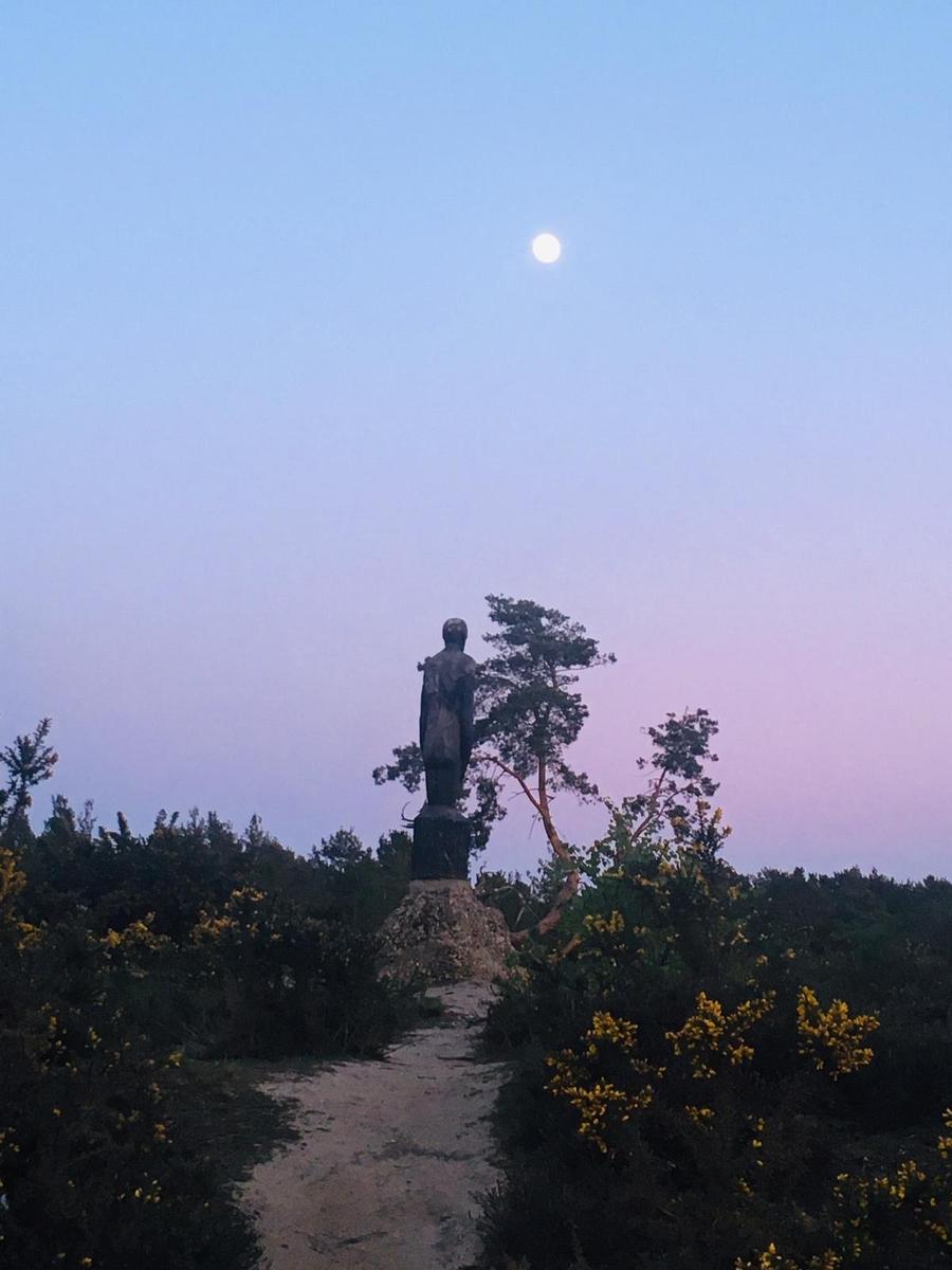 Supermoon over the Hogmoor Inclosure
