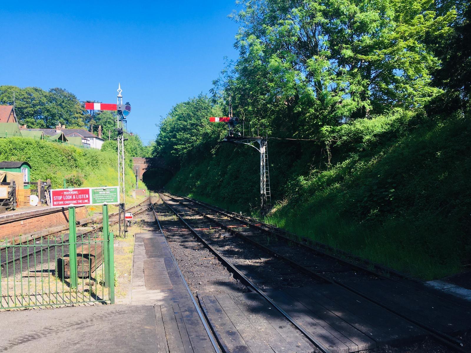 Sunshine and Signals at Alresford